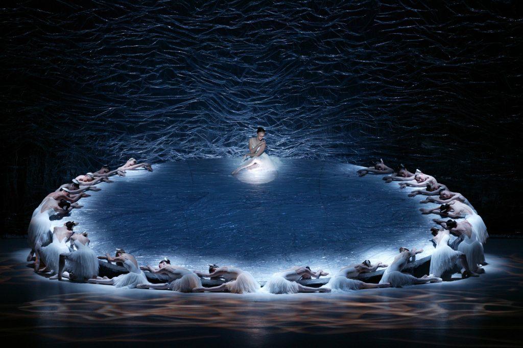 グレアム・マーフィー版「白鳥の湖」第3幕・第4幕の見どころポイント