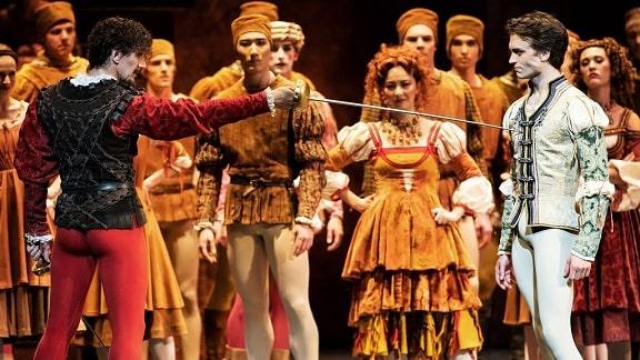 マクミラン版「ロミオとジュリエット」の第2幕のあらすじと見どころ解説
